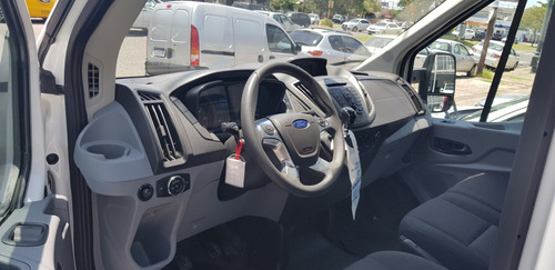 ford  transit  2017  2.2 chasis 470e - 3900 km =ok