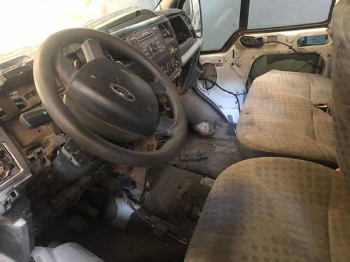 ford transit 2.2 2013 no chocada con faltantes al dia con 08