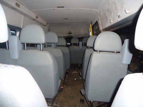 ford transit somente para retirar  peça sucata sem documento
