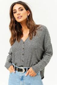d82cab74f422 Forever 21 Blusa Sweater Rayas Negro Blanco Botones Frente