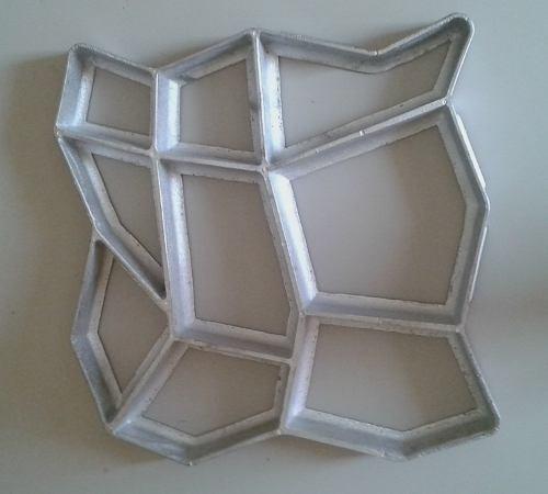 Forma molde piso concreto jardim lajota aluminio 40x40x4 for Molde para cemento