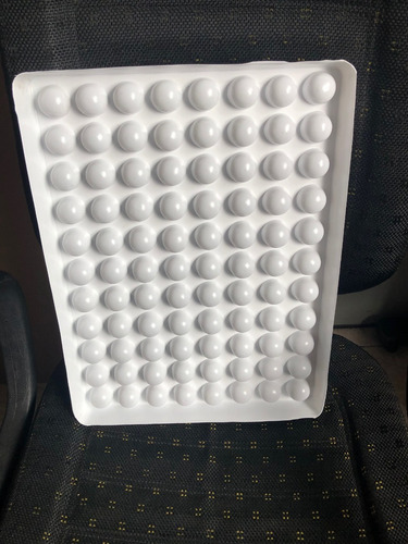 forma  para bombons de 12gr - faz 88 bombons de uma vez