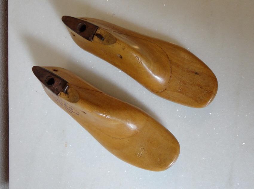 fbefa4d72 forma sapato madeira ferramenta sapateiro - antiga - nº 34. Carregando zoom.