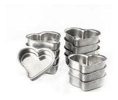 forminha pão de mel pequeno coração em alumínio 48 peças