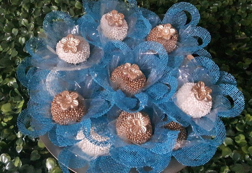forminhas de doces  finos  azul tiffany 120 unidades