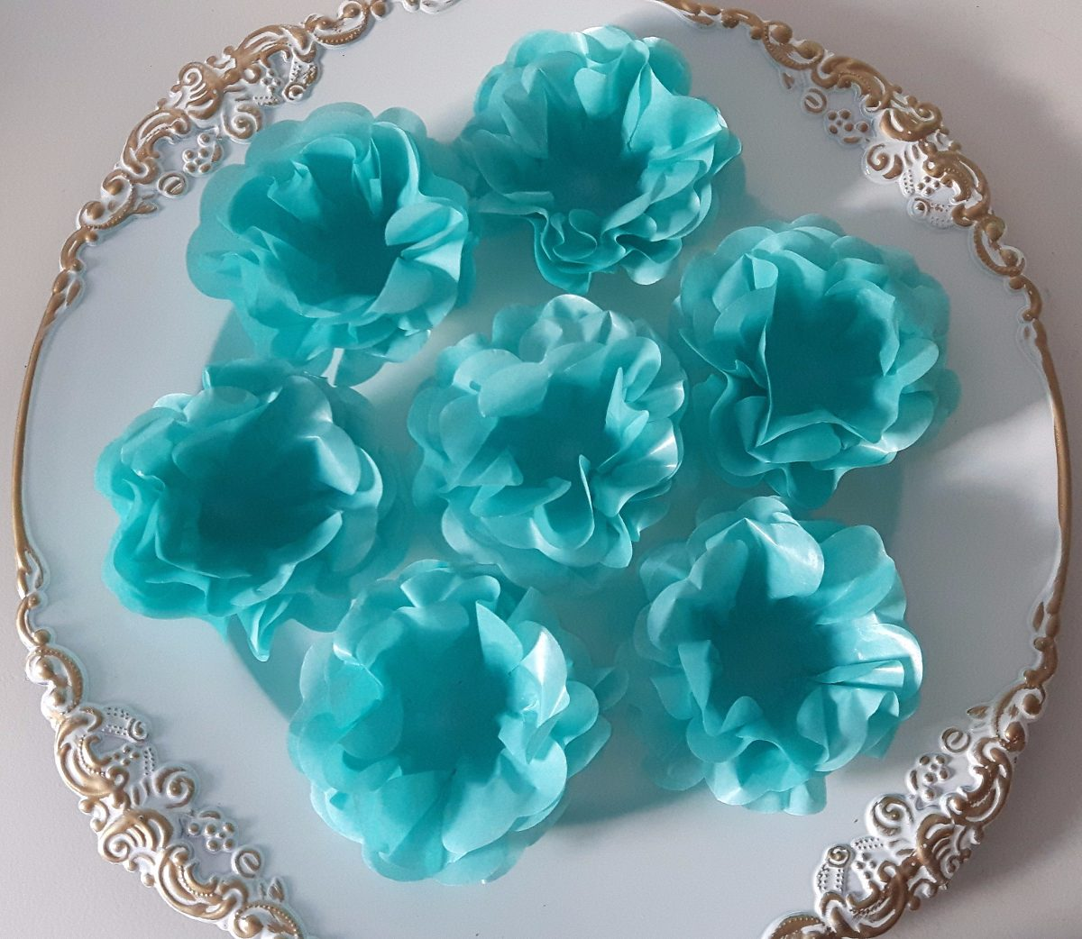 Forminhas Doces Finos Para Festas,casamentos Azul Tiffany - R  48,90 ... 2e9afa0b9e