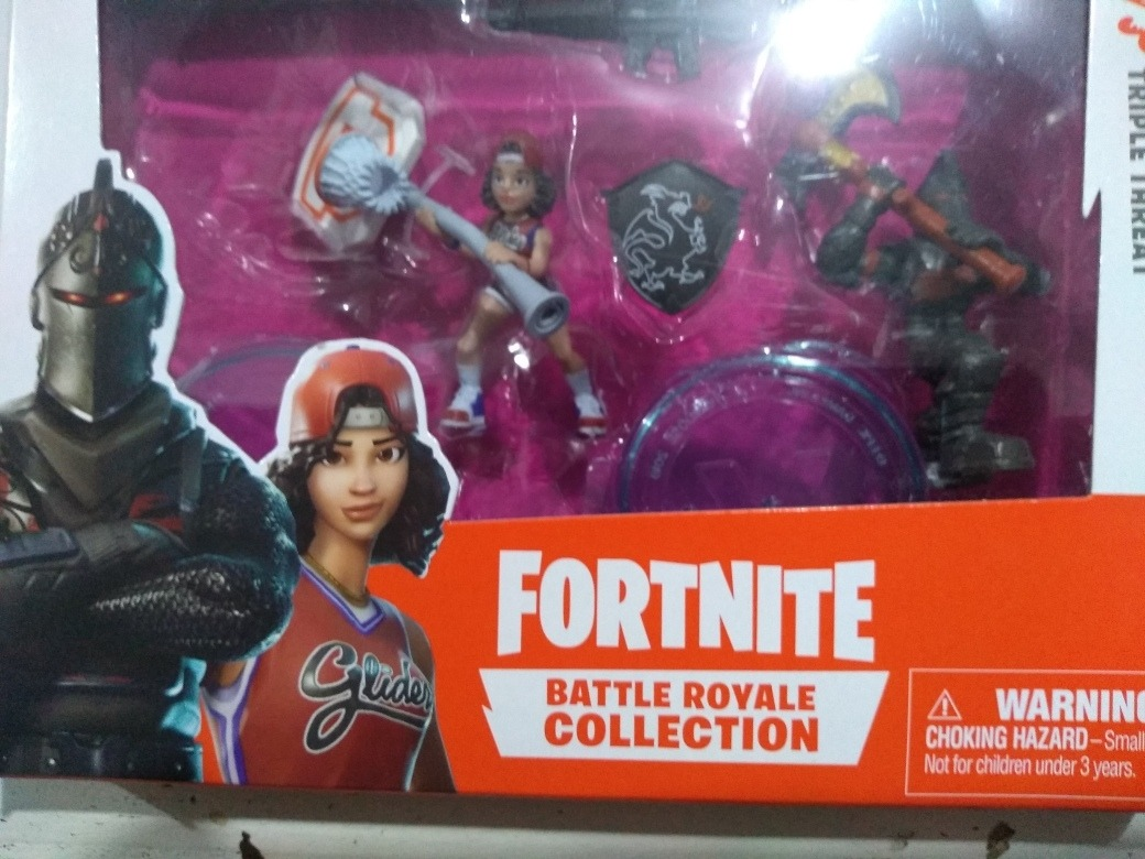 Triple Threat BATTLE ROYAL COLLECT FORTNITE DUAL Box 2 FIGURE 5cm Black Knight