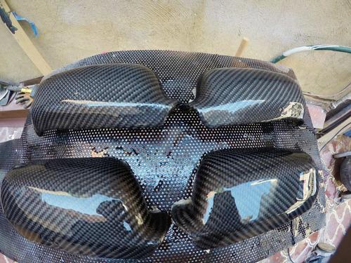 forrado de piezas en carbono real