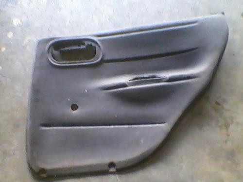 forro de porta traseiro direito do corsa