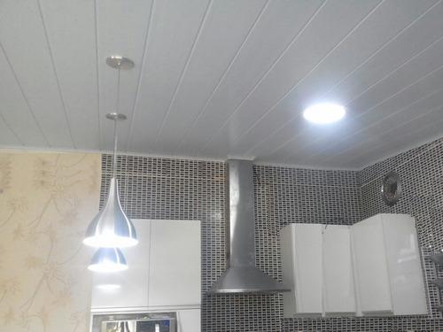 forro pvc/plastico com isolante térmico colocado/instalado