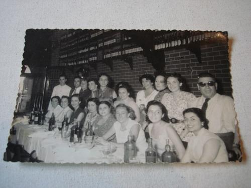 foto año 1953, hosteria di napoli, sifones, botellas