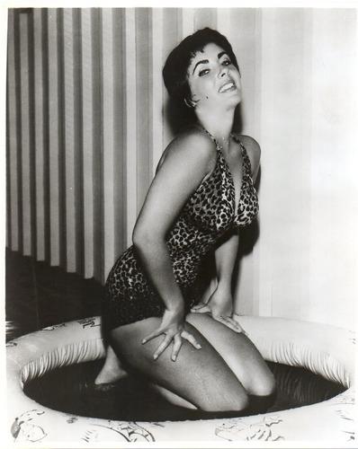 foto original de la actriz britanica elizabeth taylor