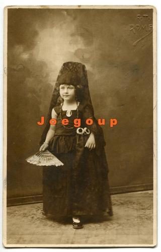 foto postal retrato niña con vestimenta tipica rosario