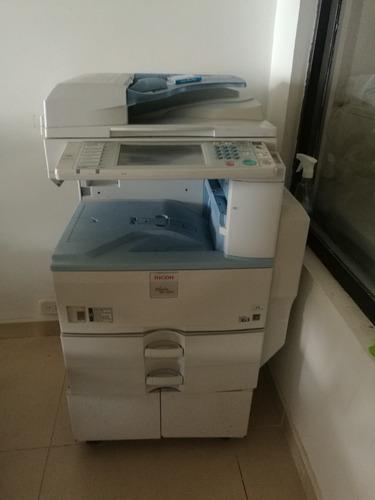 fotocopiadora en excelentes condiciones