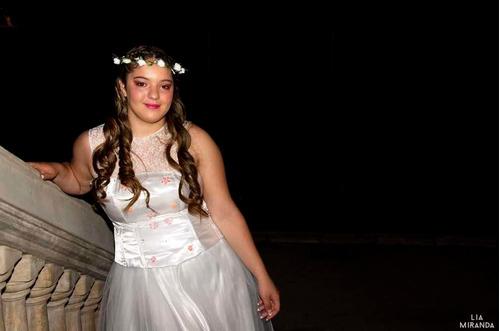 fotógrafa, fotografía y video, bodas, quince años y más.