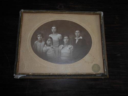 fotografía antigua de estudio.