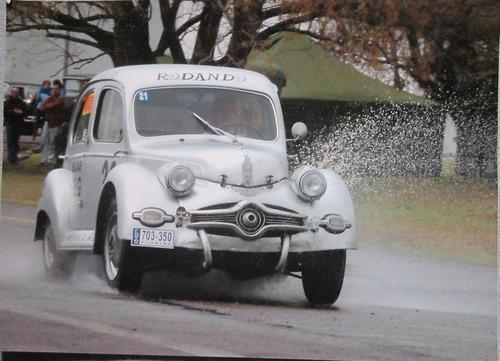 fotografia de auto antiguo en competicion pando uruguay
