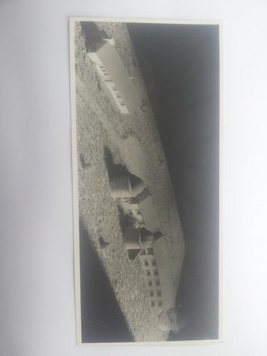fotografía maqueta observatorio alemán. antigua.