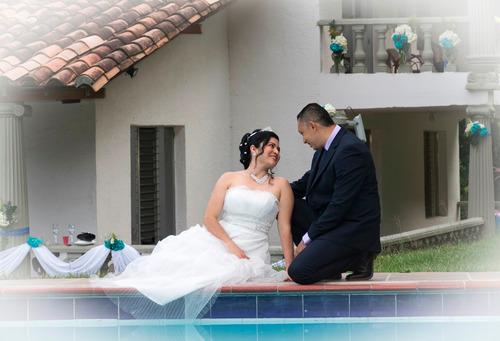 fotógrafo de bodas. novias, photobook