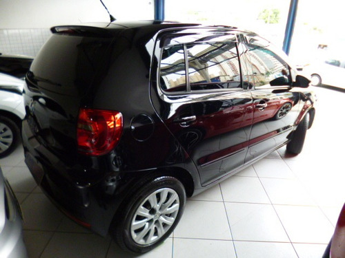 fox 1.0 4 pts completo flex 2013 preto