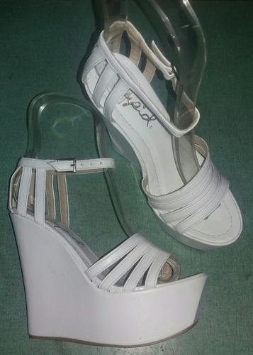 frabricacion reconstrucción d zapatos, bolsos y tapicería...