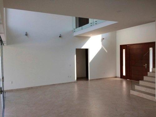 fracc. kloster sumiya casa moderna, vigilancia 24 hrs.