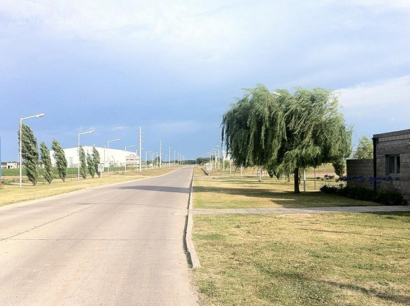 fracción 10.000m2 dentro de parque industrial, zona i3