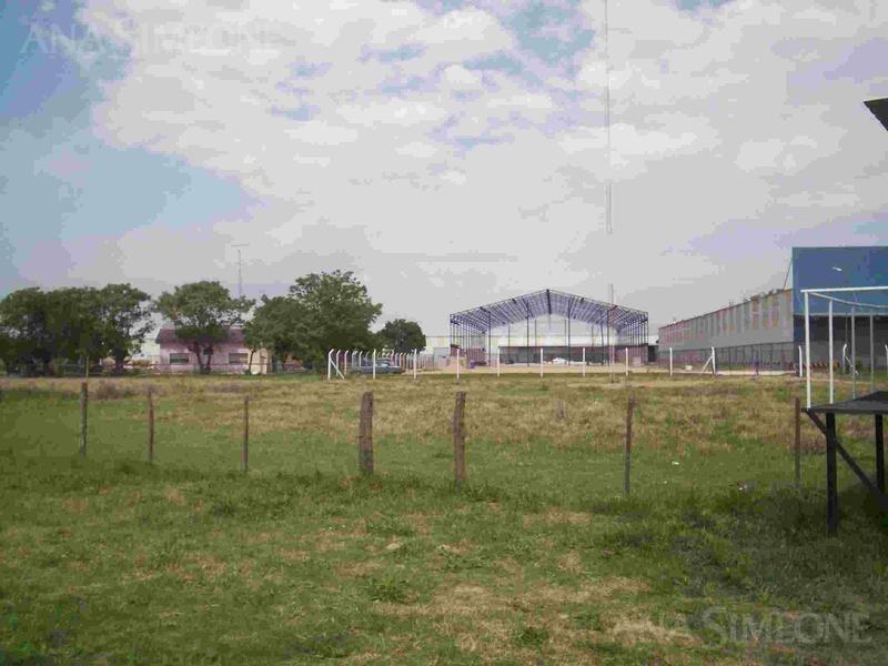fracción 15.000m2 dentro de parque industrial, zona i3