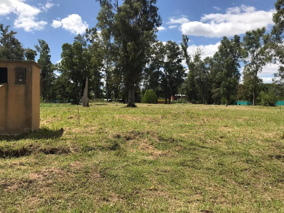 francisco alvarez - venta - barrio privado alvarez del bosque excelente lote no perimetral