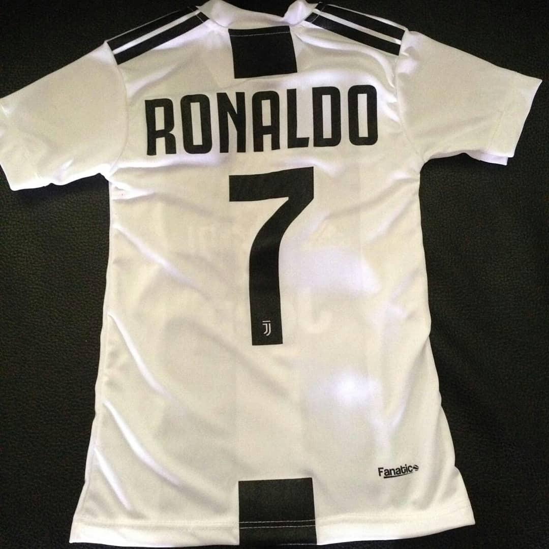 franela camisa conjunto juventus ronaldo 2019 real madrid. Cargando zoom. 98bd8a252f2db