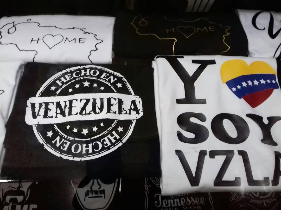 Franelas Con Estampado De Superman Franelas En Mercado Libre Venezuela 5a81bc265e02d