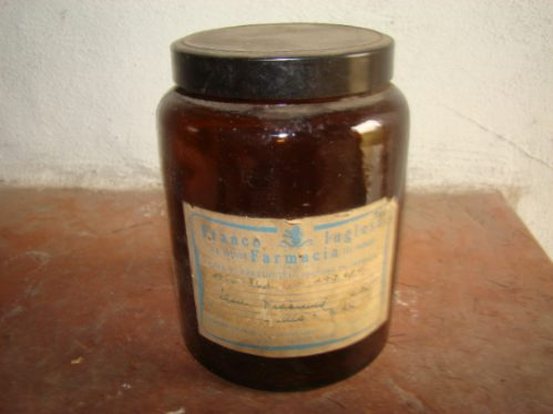 frasco de farmacia franco inglesa con etiqueta