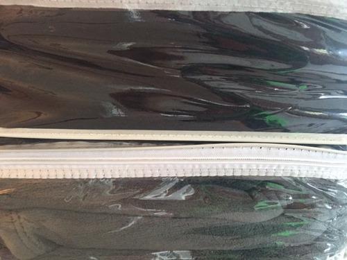 frazada microfibra simil piel 2 1/2 queen gris negro blanco