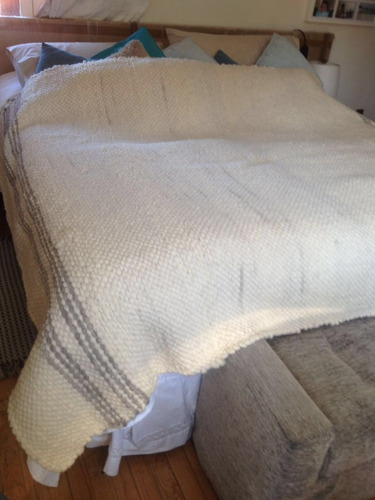 frazadas de lana de oveja sureña; dos  plazas