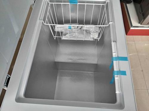 freezer de 110 litros condesa 1 año de garantía