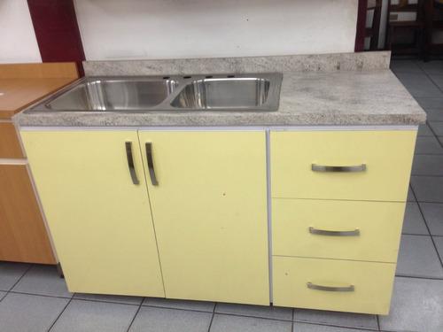 fregador de cocina 1.40x0.60x0.90 color amarillo con granito