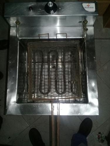 freidora eléctrica 23 litros aceite/agua de pie  venancio
