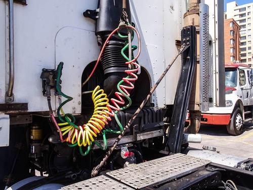 freightliner argosy 0 2010