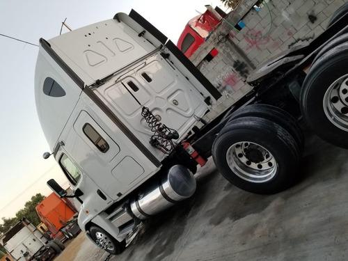 freightliner cascadia listo para placas federales entero