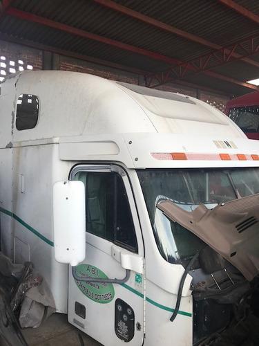 freightliner century cabina