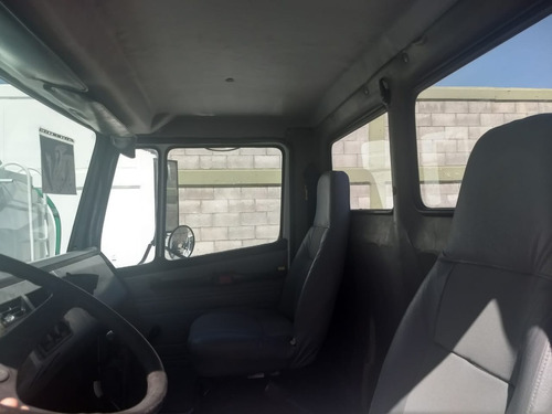 freightliner chasis 2005