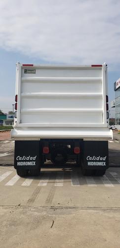 freightliner constructora 106 mod 2020 6x4
