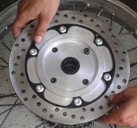 freio a disco traseiro crf 230 (adaptação no cubo original)