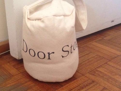 frena puertas! door stop