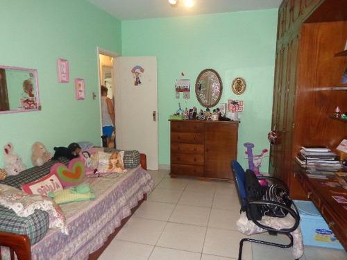 frente 3 dorms armários suite deps gar fechada 2 carros