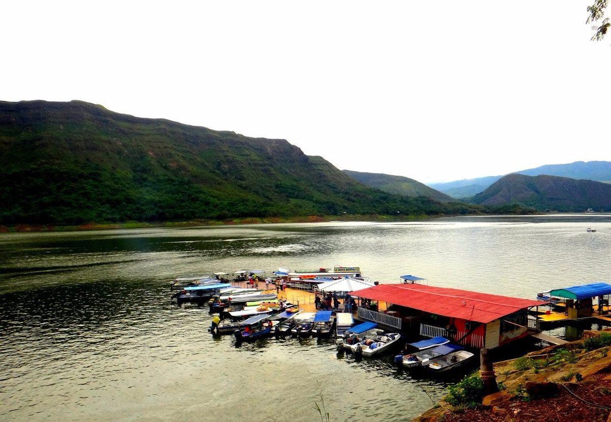 frente a la represa 21000 mts acceso terrestre escrituras