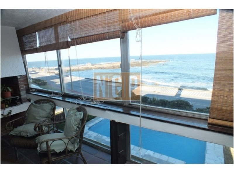frente al mar en peninsula con estufa a leña ,decorado-ref:13945
