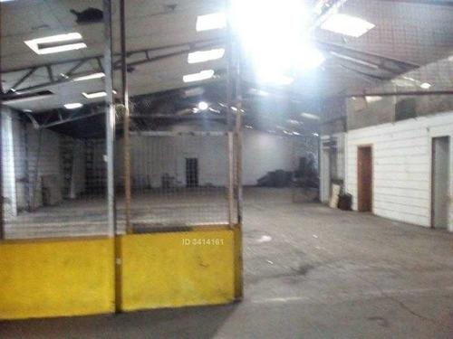 frente salida vehicular recoleta cementerio general y supermercado alvis. apto garage
