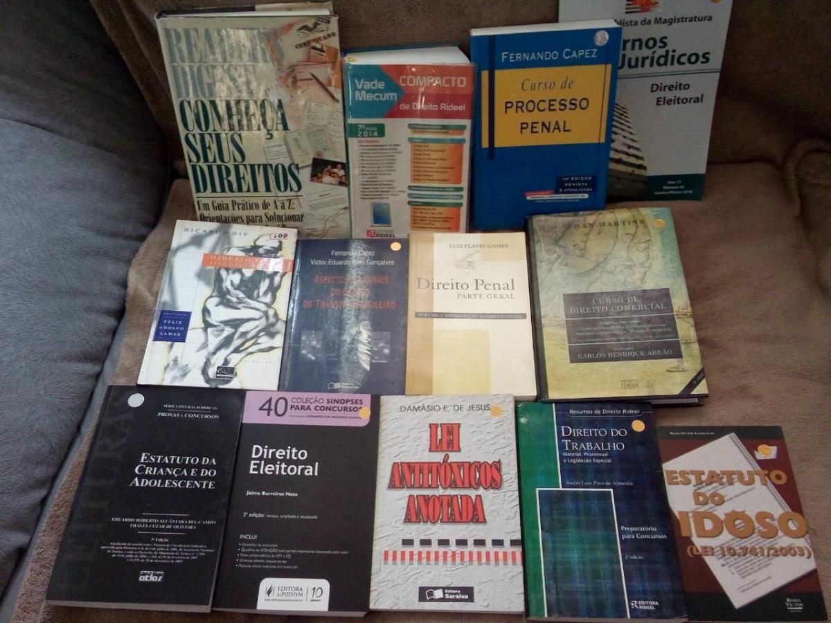 Frete Grátis Lote Com 13 Livros De Direito Várias Áreas - R  115 359439a61b88b