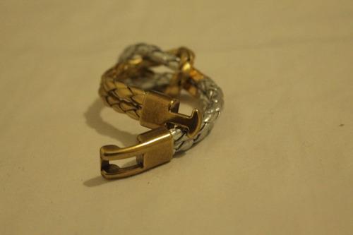 frete gratis para todo o brasil. pulseira em couro trançado.